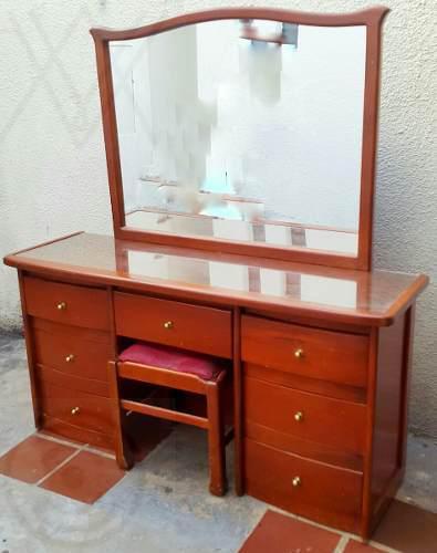 Mueble estante peinadora con gavetas marron madera