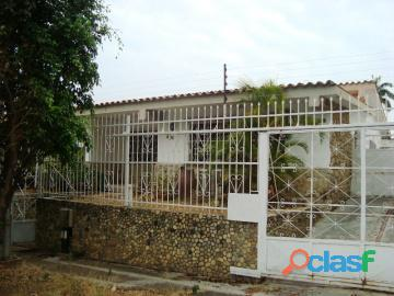 Casa en venta en trigal sur. valencia   carabobo. inmobiliaria enmetros2