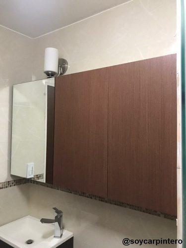 Mueble de baño. carpintero / carpintería
