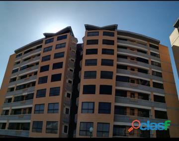 Apartamento en venta en campo alegre, valencia, carabobo, enmetros2, 19 72009, asb