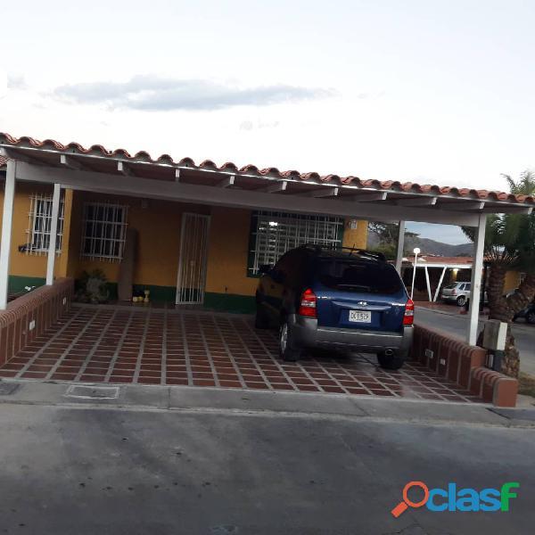 Casa de 170m2 en El Tejar, Valle de Oro, San Diego