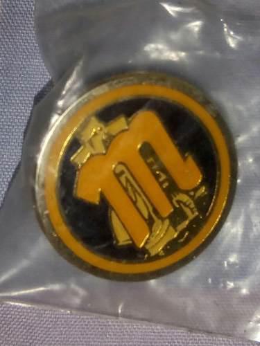 Pin metálico magallanes original