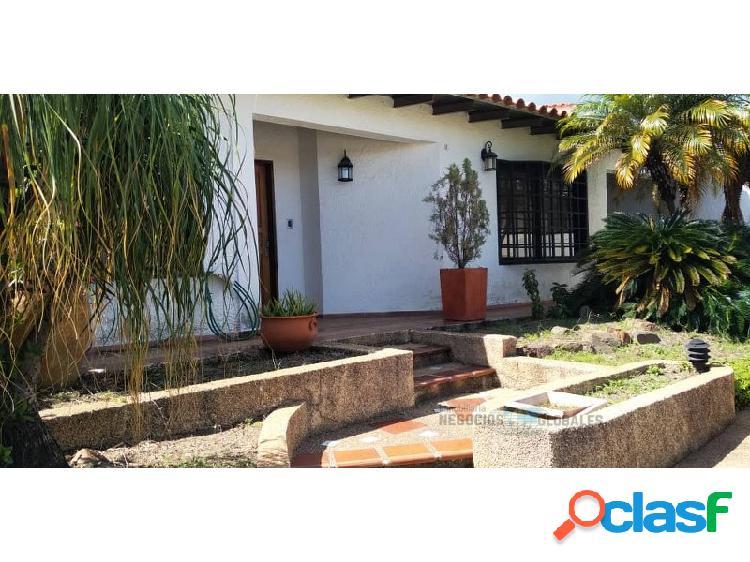 Casa amoblada en la urbanización las granadinas, villa granada.