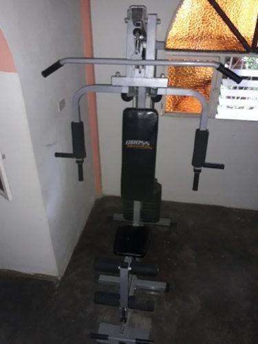 Máquina multifuerza