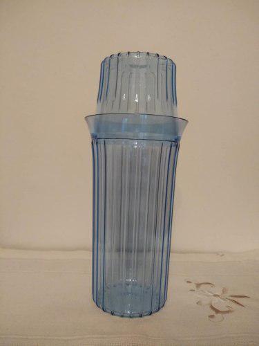 Jarrita de agua y vaso para mesa de noche de tupperware