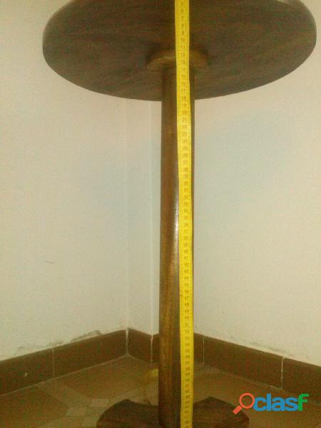 mesa de madera redonda 1