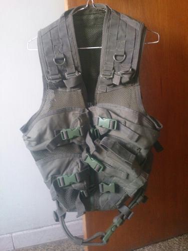 Chaleco tactico militar (oficial)