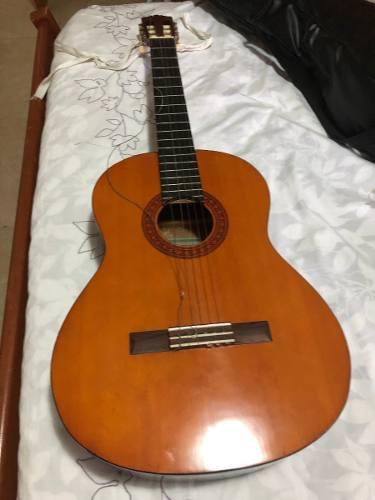Guitarra clásica yamaha usada modelo c40 + forro