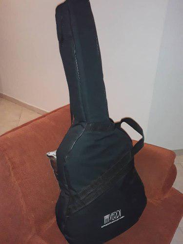 Guitarra de marca electro acustica