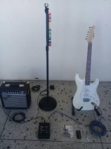 Guitarra electrica nueva aria amplificador fender 15 w