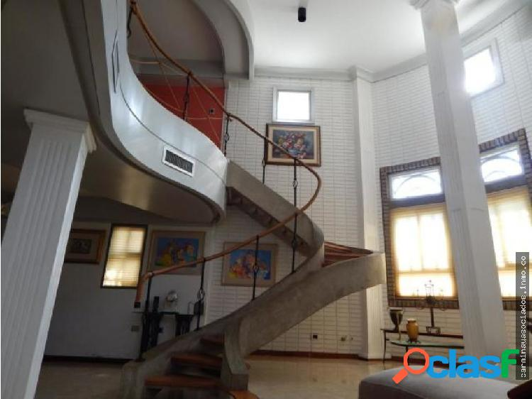 Alquilo casa comercial t. negra mls 19-11258 hjgr