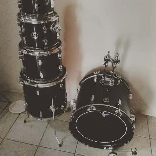 Batería acústica sonor force special edition