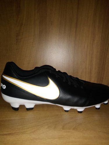 Zapatos (tacos) de futbol nike originales! *90 *