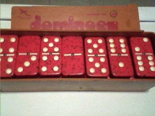 Domino profesional rojo y blanco.remate