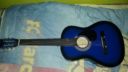 Guitarra acustica nueva con su forro protector
