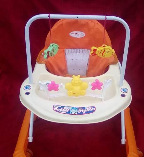 Andadera bebe marca gama baby
