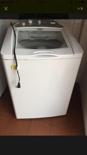 Lavadora automatica blanca mabe