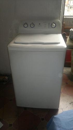 Lavadora general electric 5kilos y 1/2 usada