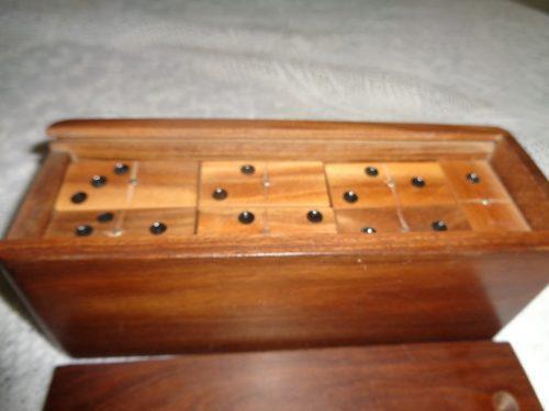 Domino de madera artesanal juego de mesa ficha 5 x 2.4 x 1