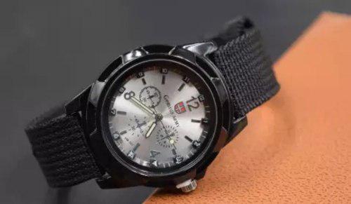 Reloj deportivo caballero army