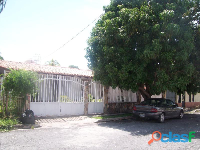 Casa en venta en La Urb. San Bernardo, San Joaquin, 19 50007, ASB