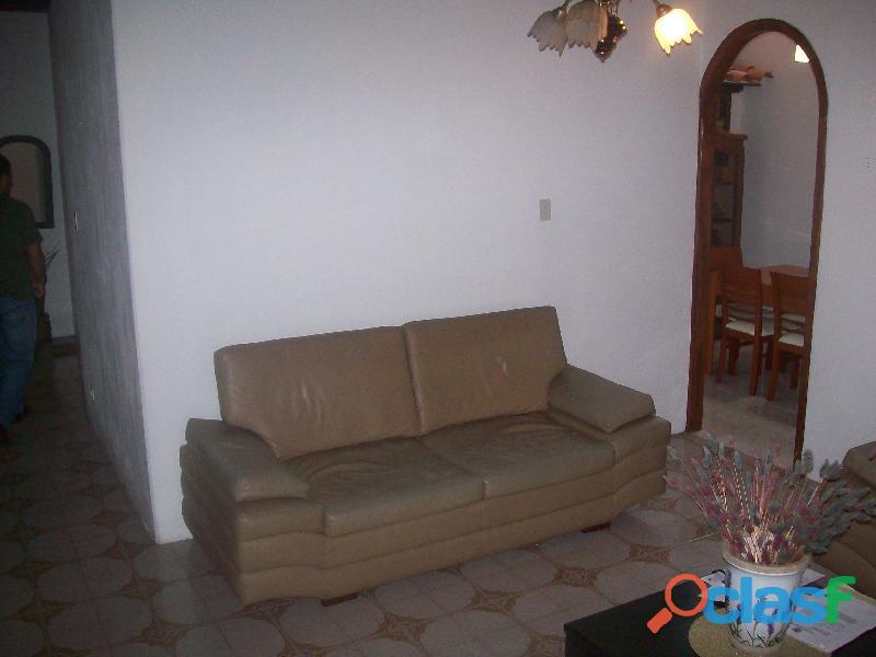 Casa en venta en La Urb. San Bernardo, San Joaquin, 19 50007, ASB 9