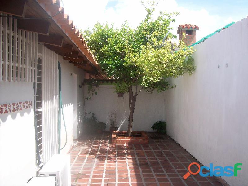 Casa en venta en La Urb. San Bernardo, San Joaquin, 19 50007, ASB 17