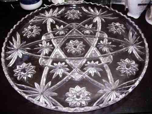 Bandeja Antigua De Cristal De Bohemia Tallado De Buen