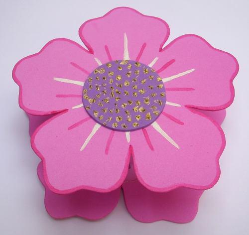 Cofre flor en foami. regalos. por encargo