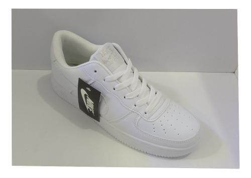 Zpt nike air force one. tallas 35-45. color todo blanco.