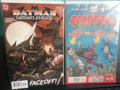 Revistas de batman y deadpool