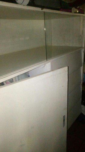 Gavetero con closet