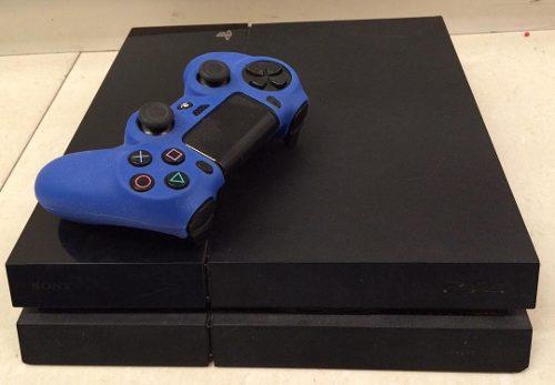 Play station 4 fat + 2 juegos físico + control