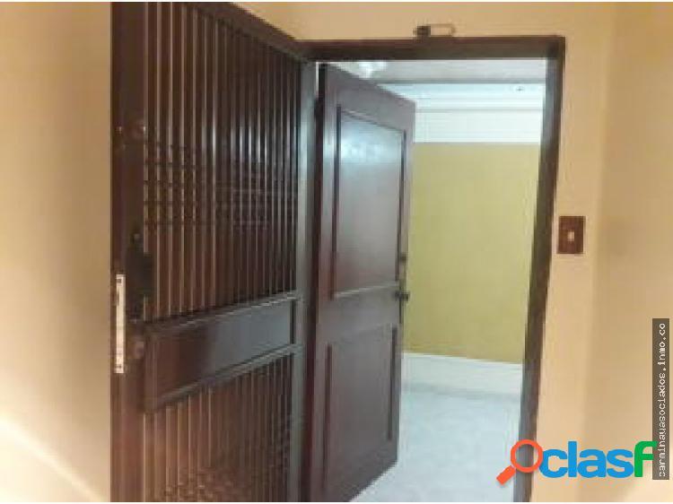 Venta apartamento delicias 19-13903 mcv