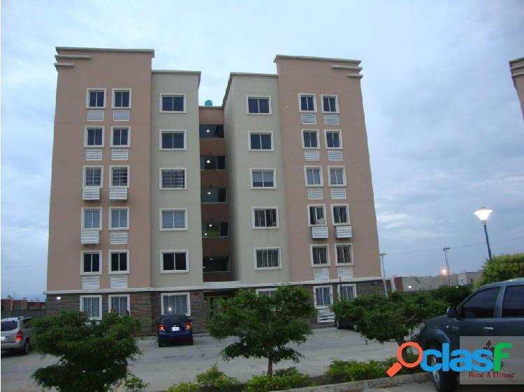 Hermoso y cómodo apartamento en zona privilegiada