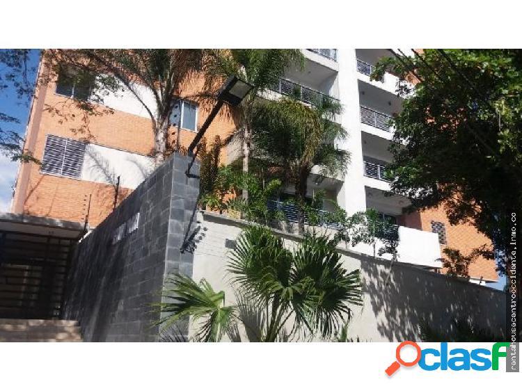 Sales/venta de apartamento en barqzonaeste, la
