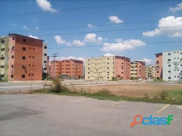 Apartamento en venta en bosque real, los guayos, paraparal, 19 81003, asb