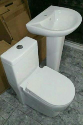 Juego de baño moderno completo con griferia 150dls
