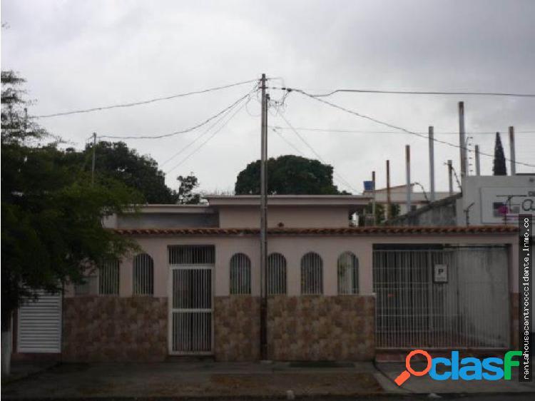 Sales/venta casa casa en barqzonaeste, la