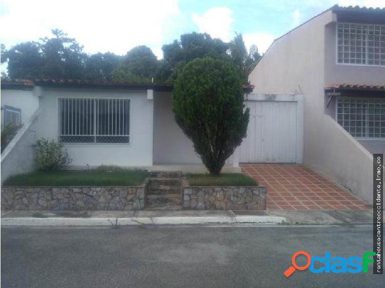 Sales/Venta Urb Plaza caribe Casa en BarqZona