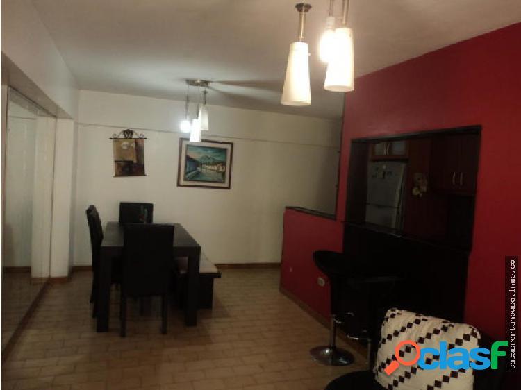 Vende apartamento en barquisimeto rah 19-105