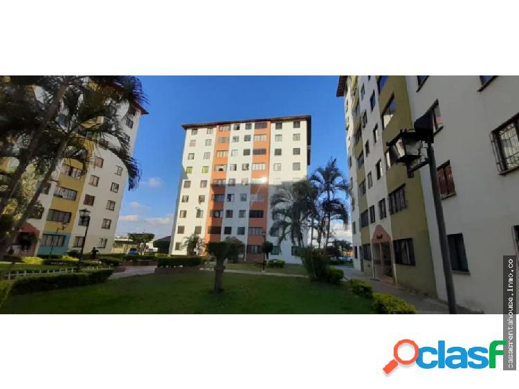 Vende apartamento en barquisimeto rah 19-14472