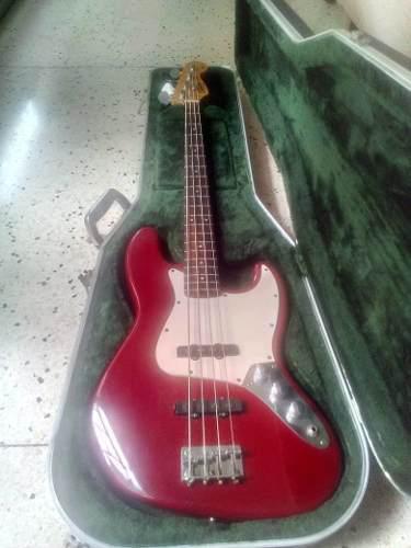 Bajo squier jazz bass, serie california rojo (240)