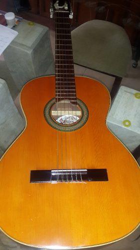 Guitarra clásica marca vicente tatay tomas