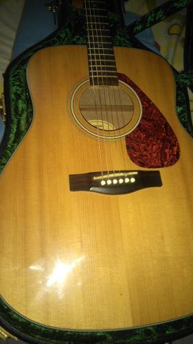 Guitarra yamaha fx355 como nueva con case duro