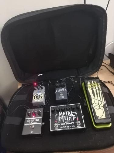 Pedal board + pedales + trasformador 8 tomas- 500 verdes