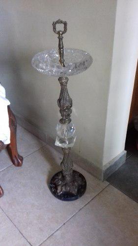 Cenicero de pedestal en bronce, cristal bohemia y marmol