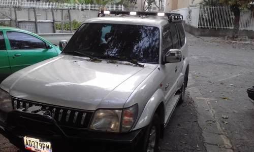 Toyota prado 2005 vendo repuestos varios