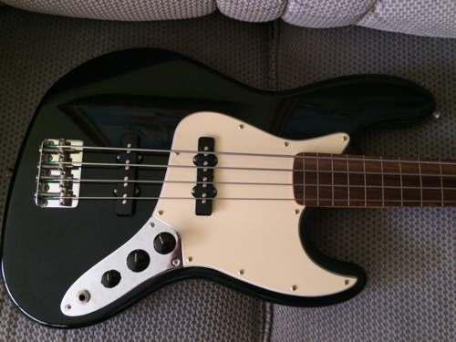 Bajo Eléctrico Fender Jazz Bass México Fretless