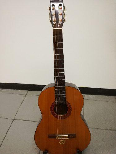 Guitarra clasica yamaha c40